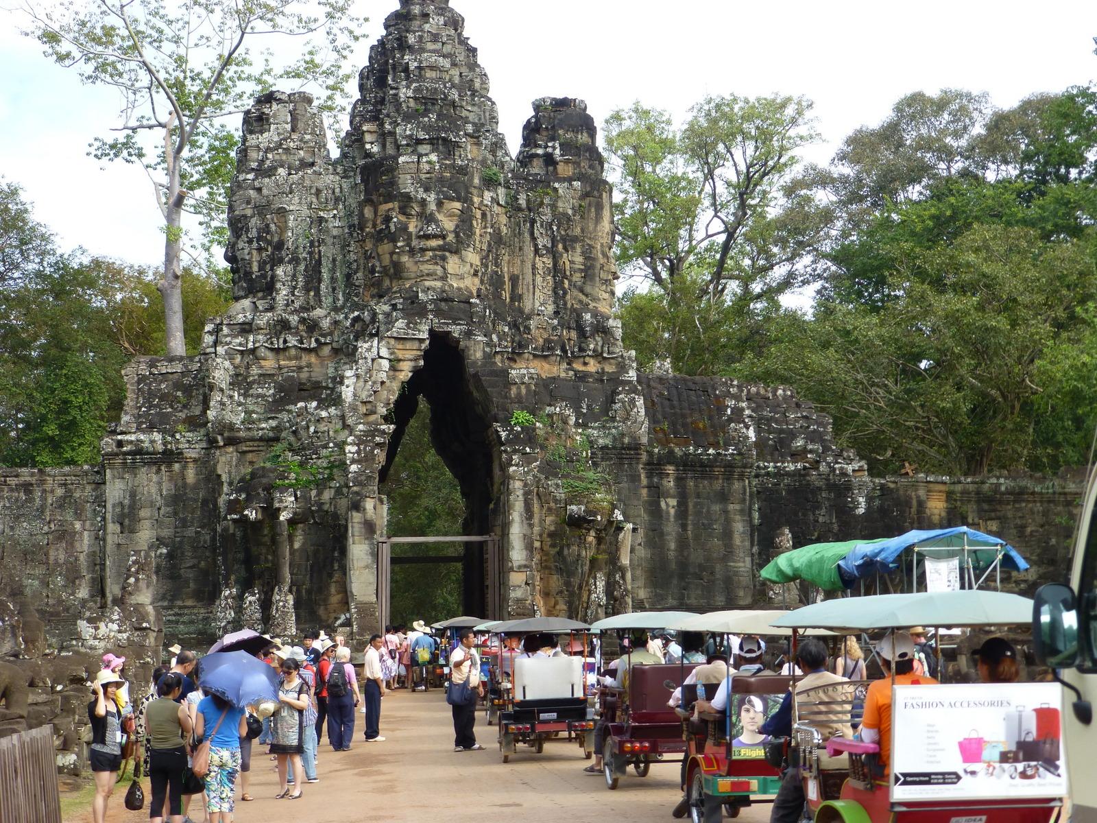 Byporten ved Angkor Thom.