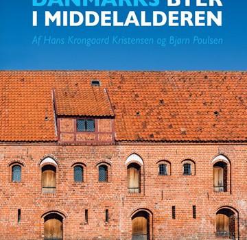 I dag, den 1. september 2016, udkommer den rigt illustrerede publikation Danmarks byer i middelalderen, som er skrevet af professor Bjørn Poulsen og lektor emeritus Hans Krongaard Kristensen (begge Aarhus […]